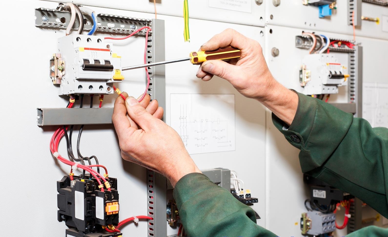 Sửa chữa điện nước tại Bạch Đằng Thợ Giỏi, Giá Rẻ Nhất 0985.321.605