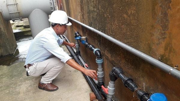 Sửa chữa đường ống nước tại Xuân Thủy