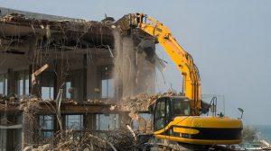 Phá dỡ nhà tại Ái Mộ